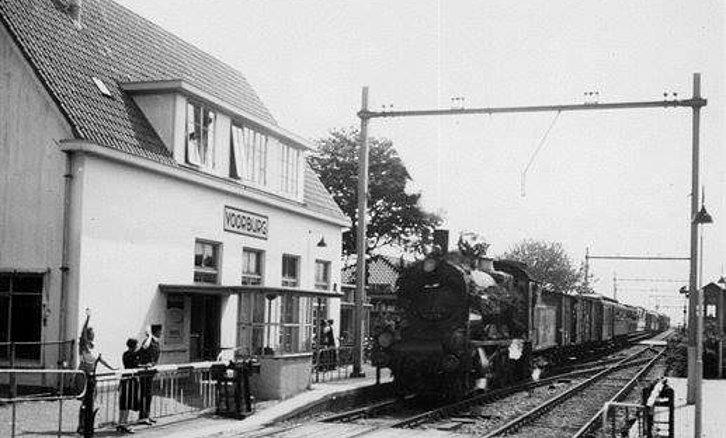 Holland And Holland >> Station Voorburg (jaartal: 1950 tot 1960) - Foto's SERC