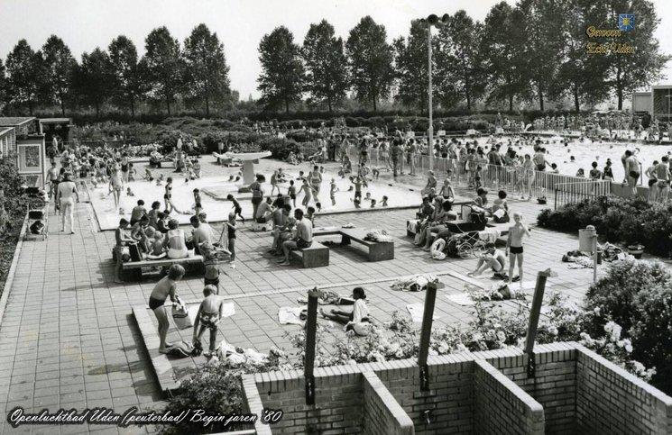 Zwembad uden jaartal 1980 tot 1990 foto 39 s serc for Zwembad uden