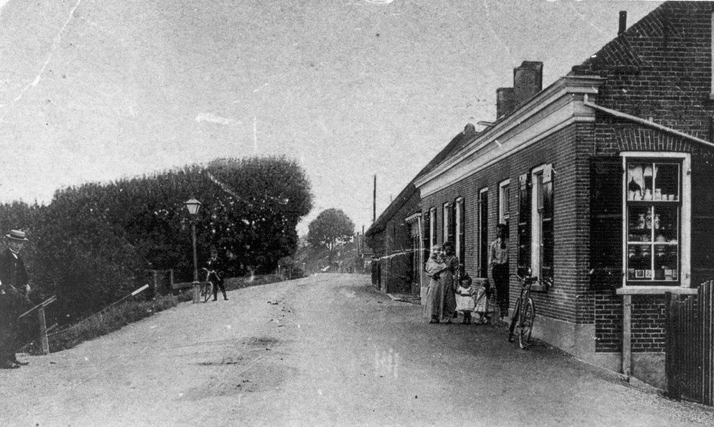 Holland And Holland >> Buitendams Hardinxveld-Giessendam (jaartal: 1930 tot 1940) - Foto's SERC